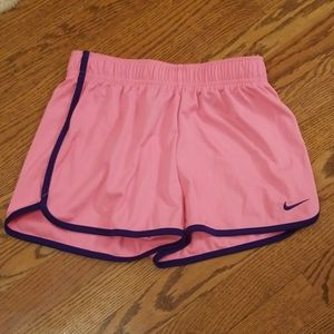 Nike girls dri fit running shorts size med